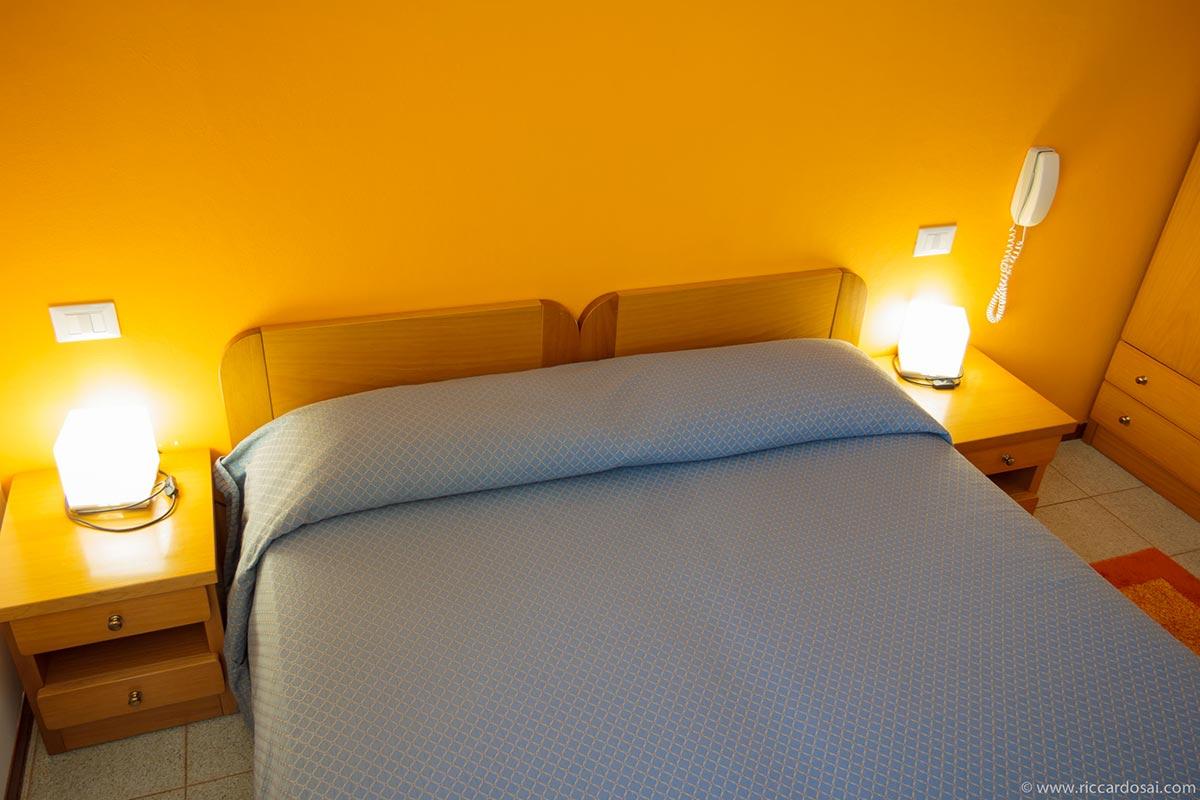 CAMERA-36-letto-2